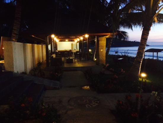 Pemenang, Indonesia: Bar & Lounge