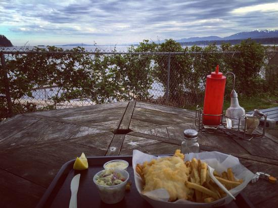 Courtenay, Canadá: Great view and great food for a good price !