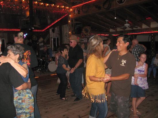 Chariton, IA: Dancing at Soda Pop Saloon next door