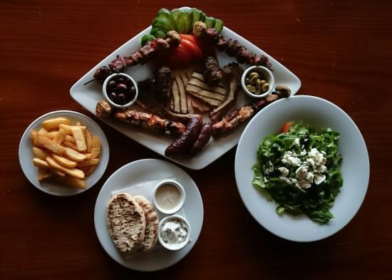 Taps Bar & Grill : Taps Cyprus Platter.
