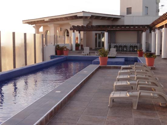 Rosarito Beach Hotel Rooftop Pool