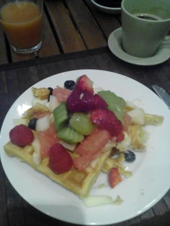 Saint-Andre-des-Arts: petit-déjeuner du 12/04/16