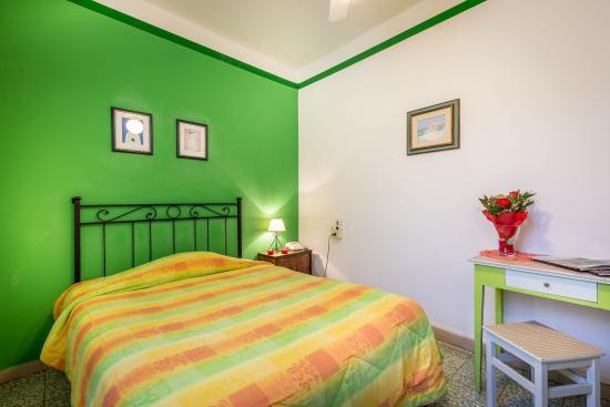 Hotel Ferretti: Matimoniale con bagno privato esterno