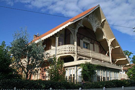 Villa trocadero picture of arcachon decouverte arcachon tripadvisor - Maison starck cap ferret ...