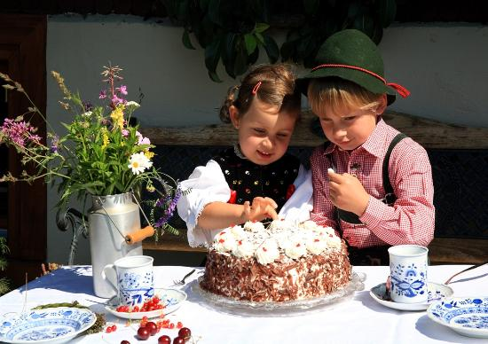 Bade,Wurtemberg, Allemagne  Le Gâteau de la Forêt,Noire