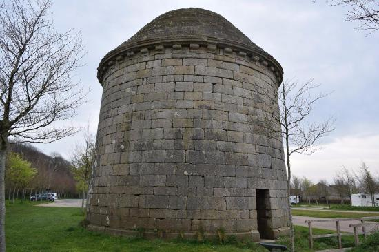 Finistere, France: construction datant de 1599