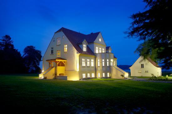 Neuenkirchen, Almanya: Gut Grubnow abends