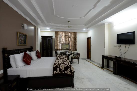 Hotel Vishal Residency Karol Bagh
