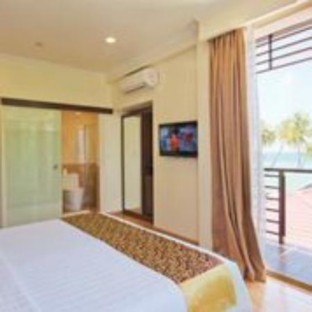 deluxe double room with balcony and sea view picture of arena rh tripadvisor com