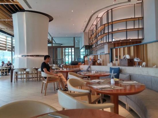 cafe bord de mer hong kong restaurant reviews phone number photos tripadvisor. Black Bedroom Furniture Sets. Home Design Ideas