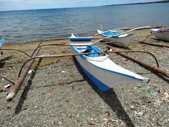 Balamban, Filipinas: Am nahegelegenen Strand