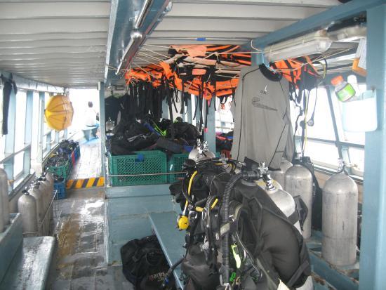 Easy Divers Bophut-Choeng Mon: оборудование на борту