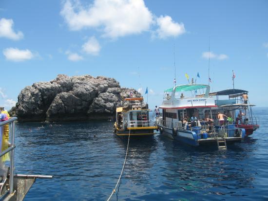 Easy Divers Bophut-Choeng Mon: дайверские лодки