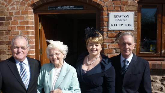 Rowton Barns Foto