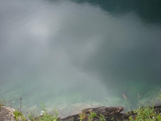Gosau, Austria: вода возере
