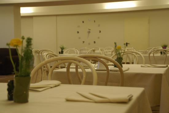 Gravina di Catania, Italia: Sala colazione