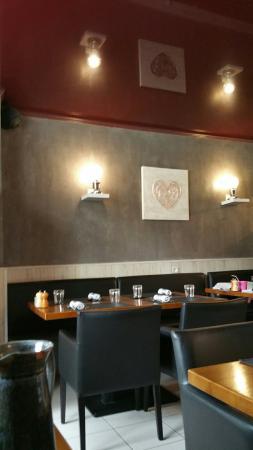Restaurant de la Poste: 20160422_132445_large.jpg