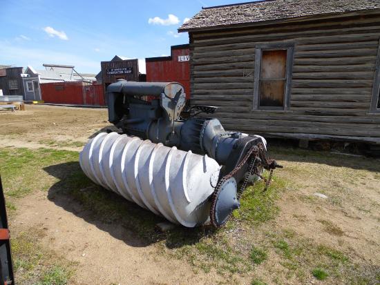 Butte, MT: Snowmobile!?!?!?
