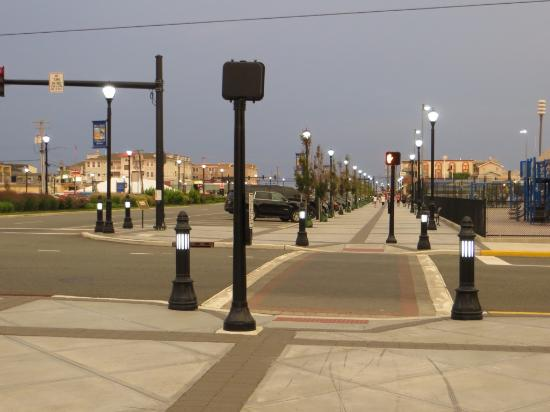 Sea Isle City, NJ: Belle promenade en ville, l'air est bon et c'est propre!