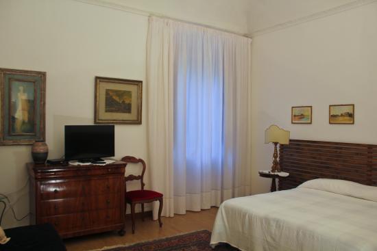 longhouse b b pise italie voir les tarifs et avis chambres d 39 h tes tripadvisor. Black Bedroom Furniture Sets. Home Design Ideas