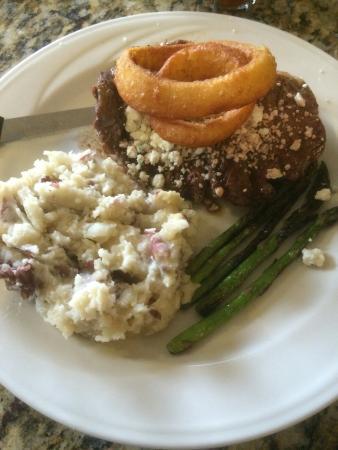 Kelso, WA: Blue cheese rib eye steak