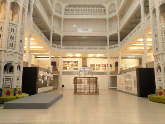 Vue de l\'intérieur - Picture of Museum of Modern Art Algiers ...