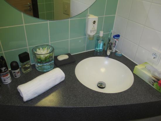 b b hotel oldenburg bewertungen fotos preisvergleich deutschland. Black Bedroom Furniture Sets. Home Design Ideas