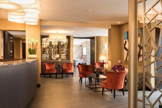 Hotel Aragon: Bar