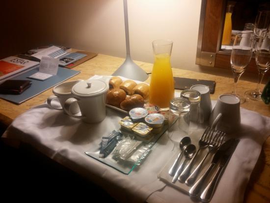 Leiro, España: Desayuno en la habitación