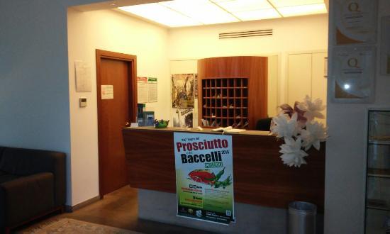Hotel Portavaldera: 20160422_072304_large.jpg
