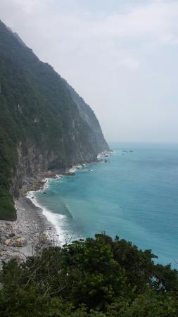 Ching-Shui Cliff: 20160422_130704_large.jpg