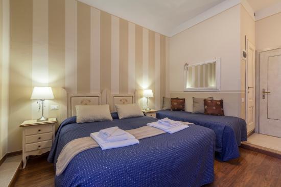 camera tripla picture of soggiorno pezzati daniela florence rh tripadvisor com