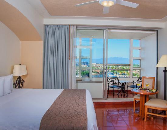 Club Regina Puerto Vallarta: Hotel with Jetted Tub