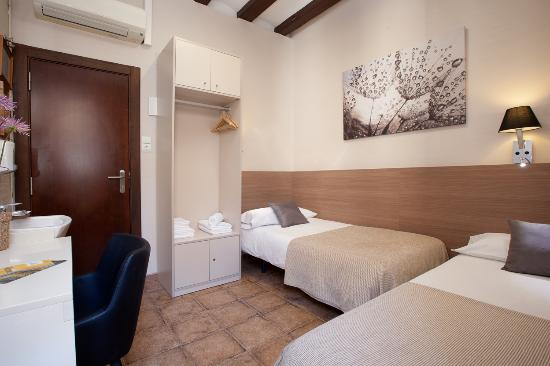 Photo of Pension Mari-Luz Barcelona