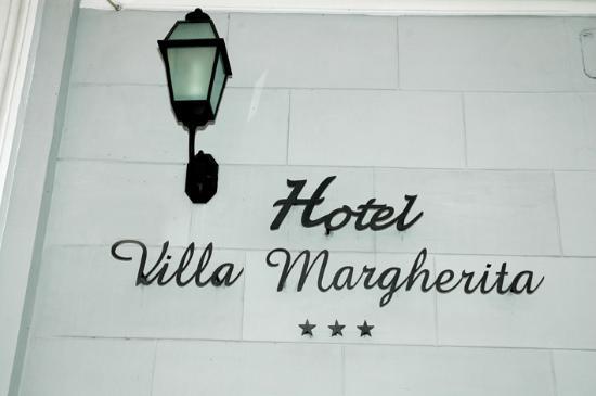 Villa Margherita : targa