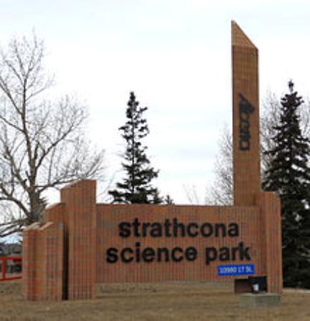 Sherwood Park, Canada: Main Entrance