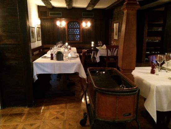 Restaurant Cuisine Française - Picture of Swiss Chalet Restaurant ...