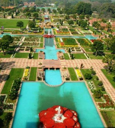 Shalimar mughal garden picture of shalimar bagh Mughal garden booking