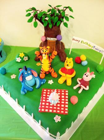 Warrensburg, NY: Winnie the Pooh Cake