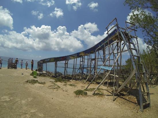 west view tobogan