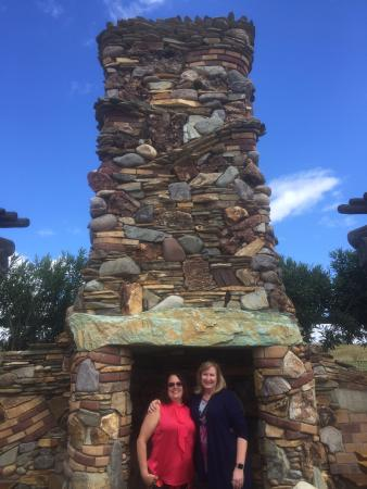 Grapeline Wine Tours, Paso Robles: A stop at one of the local wineries...