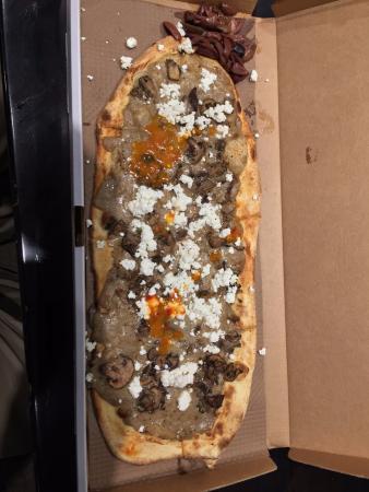 &pizza: food