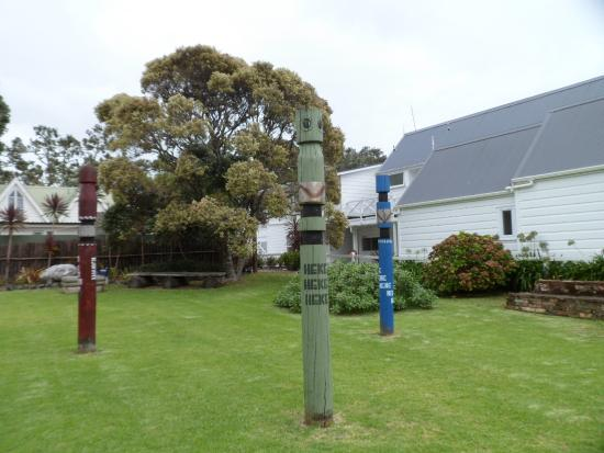 Russell Museum: In the grassy area