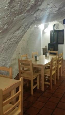 Bodega La Petra: Nuestra bodega!