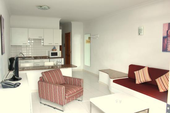 sal n picture of arena dorada apartments puerto del carmen rh tripadvisor com