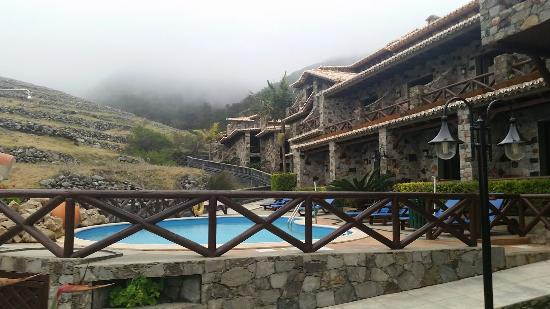 Hotel Quinta Do Serrado: 20160421_190813_large.jpg