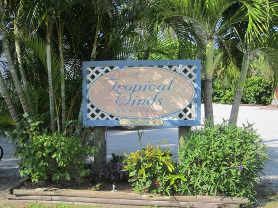 Sanibel Island Hotels: Tropical Winds Motel & Cottages