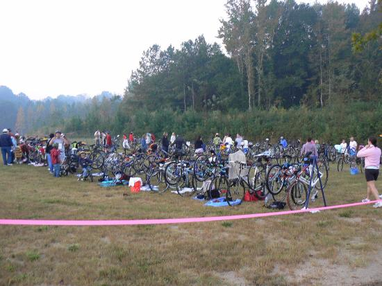 Douglasville, Τζόρτζια: Triathlon bike staging area