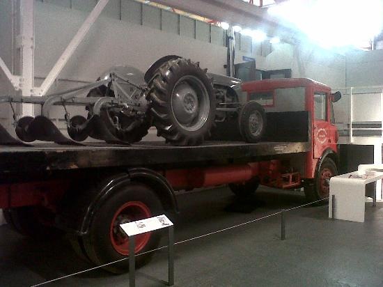Coventry, UK: Tractor Model