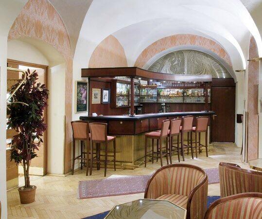Graz single bar